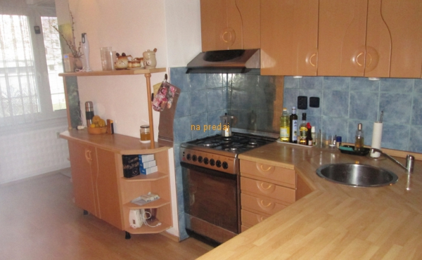 Veľkometrážny, zrekonštruovaný, atypický byt, Chrenová, Nitra