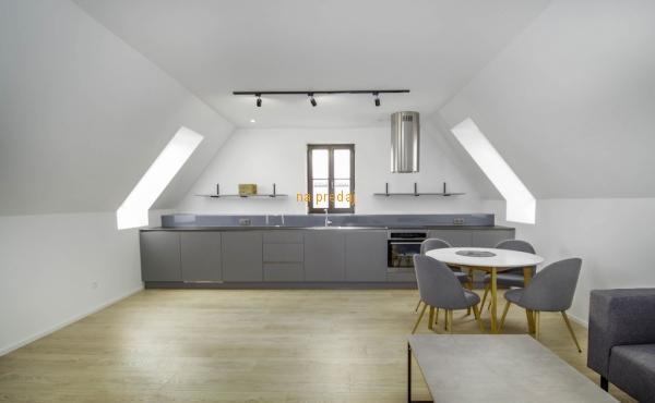 Predaj exkluzívny 3 izbový byt Trnava historické centrum